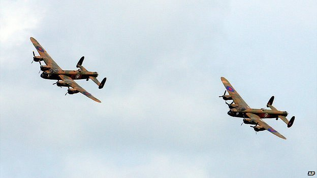 Two Lancaster bombers flying together for the first time in 50 years