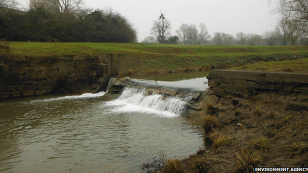 Environment Agency: Tewkesbury Weir