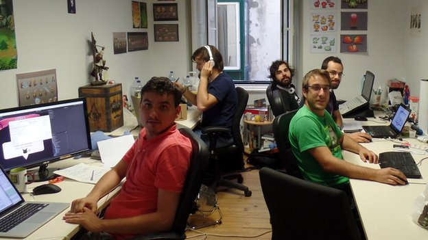 Young entrepreneurs at Start-up Lisboa