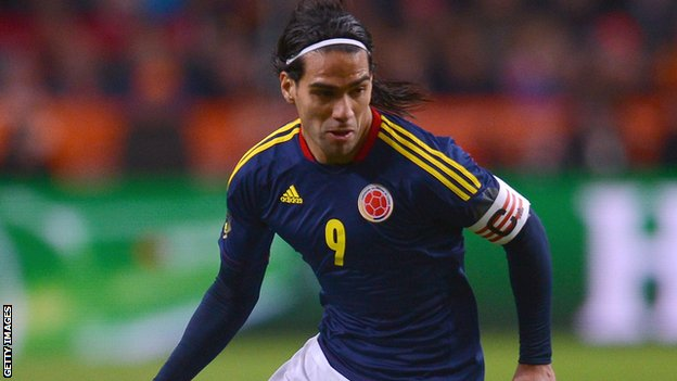 Robin van Persie: Radamel Falcao must fight for his place