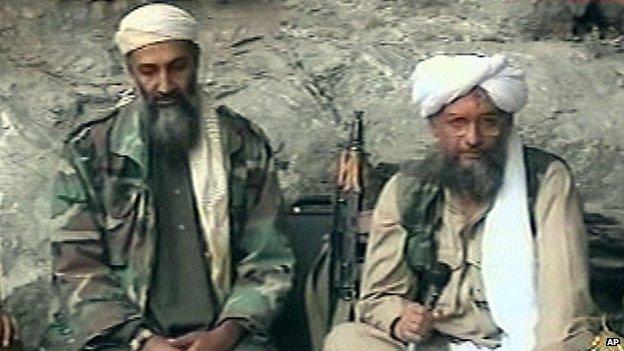 Ayman al-Zawahiri (right) with Osama bin Laden in 2001