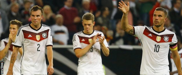 Germany players at the end of their 4-2 home defeat to Argentina
