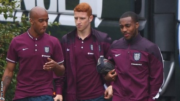 England's Fabian Delph (left), Jack Colback and Danny Rose (right)