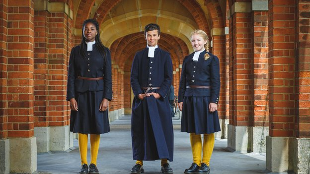School uniforms in private schools