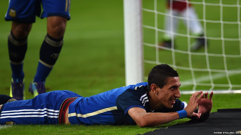 Argentina's midfielder Angel Di Maria celebrates after scoring