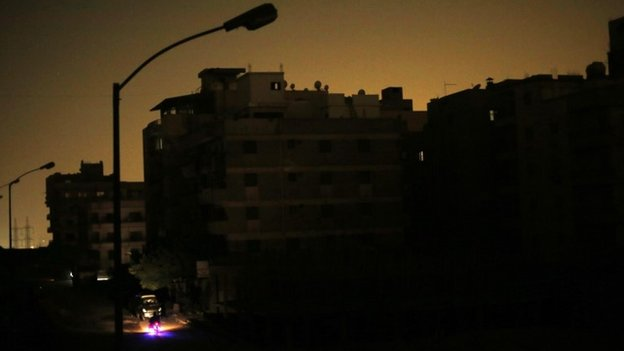 Power cut in Cairo's Maadi district (27 July 2014)