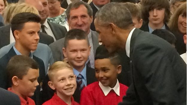 Barack Obama meets school children