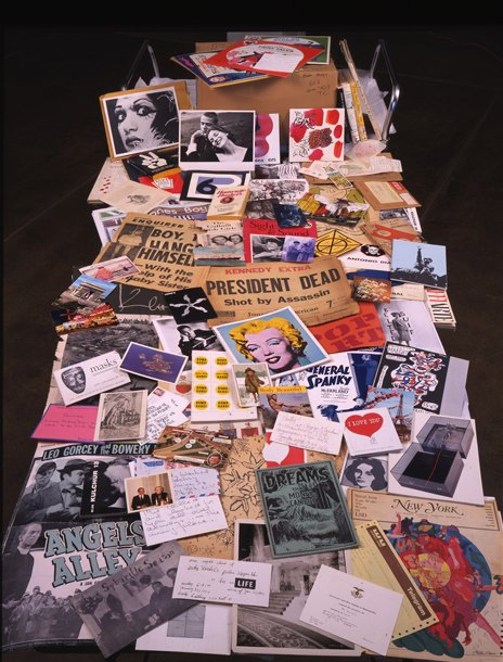 Andy Warhol, Time Capsule 44, components