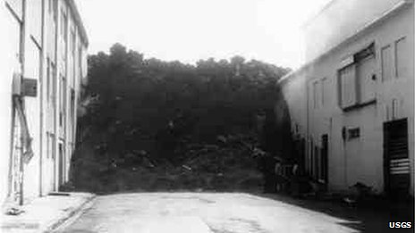 Lava stopped in the middle of a street in Vestmannaeyjar 23 July 1973