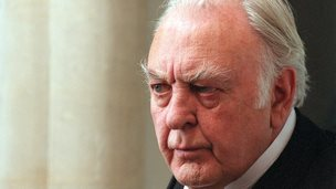 Picture shows Donald Sinden as Sir Joseph Channing, 2002