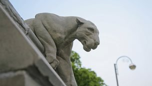 lion on cardiff city wall