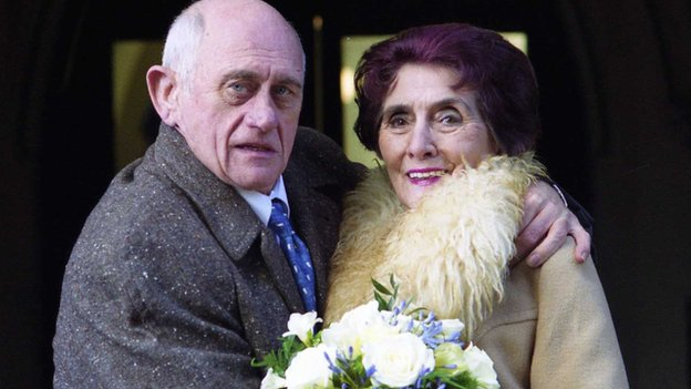 John Bardon and June Brown in EastEnders