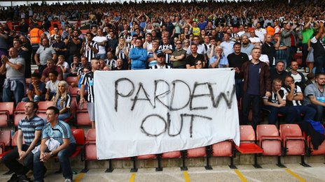 Pardew out banner