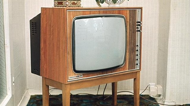 apple targets tv as a 39 1970s device 39 bbc news. Black Bedroom Furniture Sets. Home Design Ideas