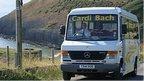 Cardi Bach bus