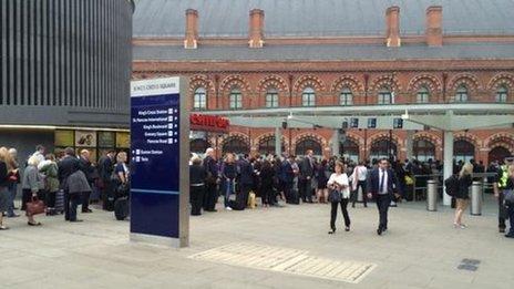 Kings Cross taxi queues