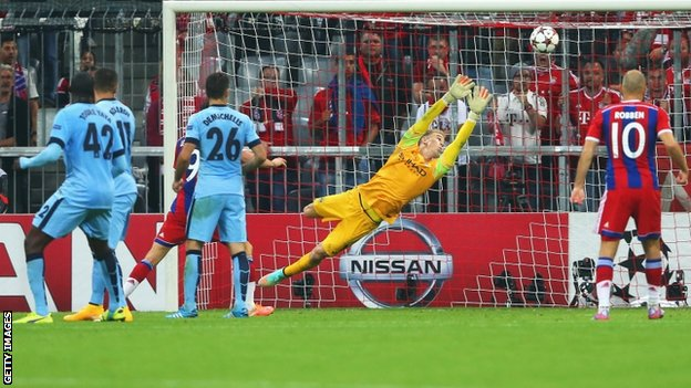 Jerome Boateng scores