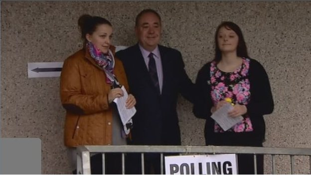 Scotland's first minister Alex Salmond voted in the Aberdeenshire village of Strichen.
