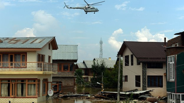 Rescue helicopter in Kashmir