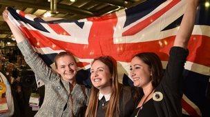 Pro-union supporters celebrate