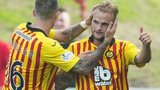 Partick Thistle welcome St Mirren to Firhill