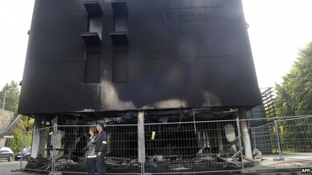 Burned-out tax office in Morlaix. 20 Sept 2014