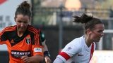 Suzanne Lappin on the ball during Glasgow City's defeat to Spartans