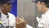 Hamilton and Rosberg shake hands