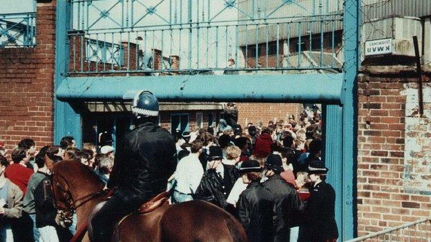 Fans entering through Gate C