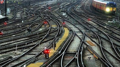 Rail delay information 'lacking'