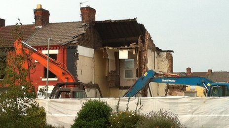 Demolition of a house in Anfield