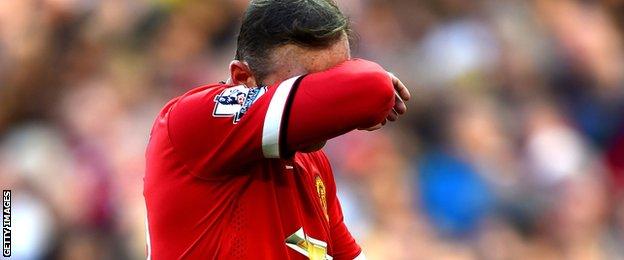 Wayne Rooney is sent off against West Ham