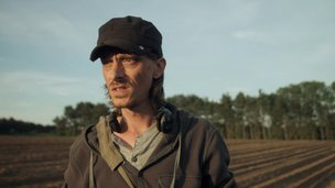 Mackenzie Crook in Detectorists