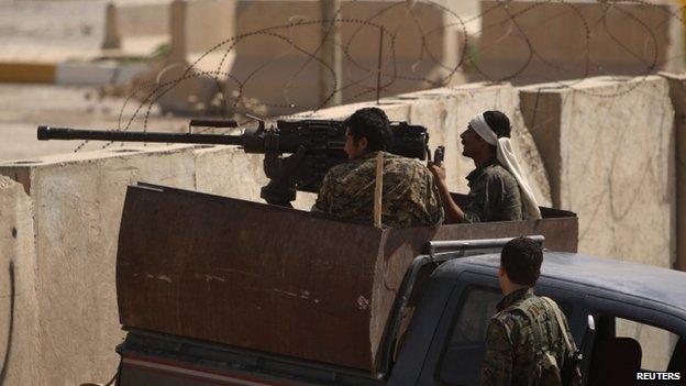 77914837 023675389 1 Kurds fight IS on Iraq Syria border