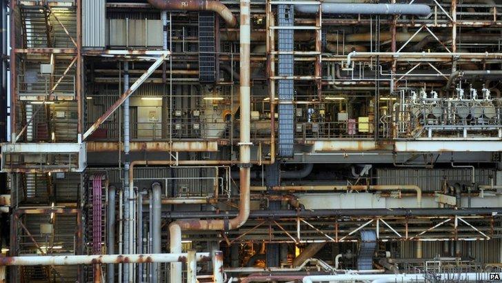 Oil platform pipes