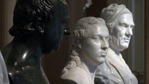 V&A busts