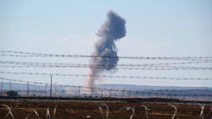 Air strike south-east of Syrian town of Kobane (1 October 2014)