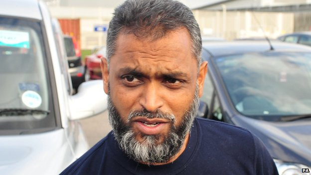 Moazzam Begg leaving Belmarsh