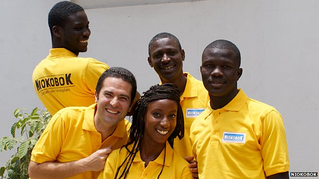 Laurent Liautaud (second left) with the Niokobok team