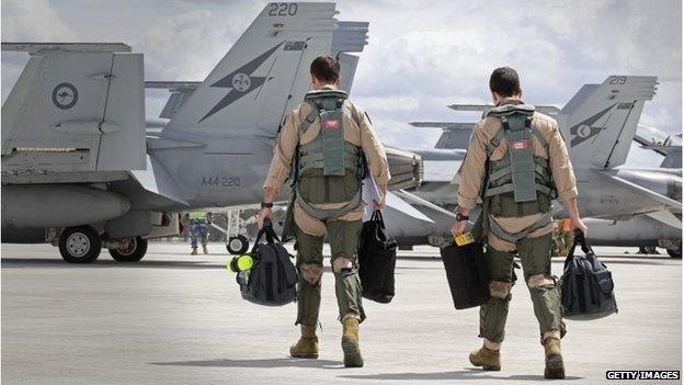Australian air force crew depart for UAE (21 Sept 2014)