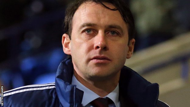 BBC Sport - Dougie Freedman: Bolton Wanderers manager ...