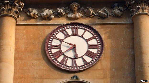 Bristol clock has two minute hands