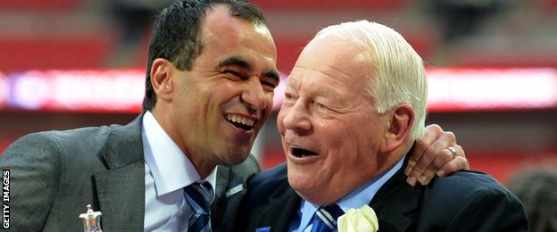 Dave Whelan with former manager Roberto Martinez