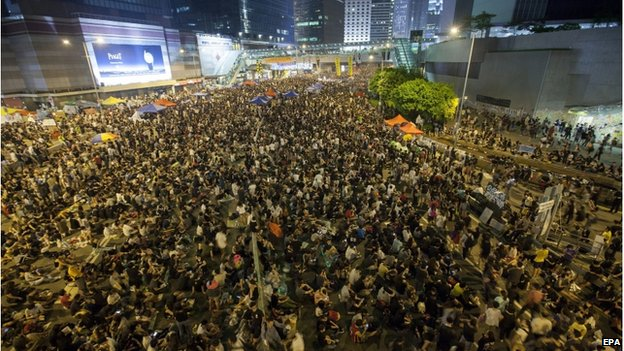Pro-democracy protesters attend a rally to protest the violence seen in Mong Kok, in Hong Kong, China, \4 October 2014
