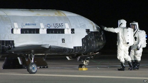 The X-37B appeared at Vandenberg Air Force Base in California on 3 December 2010