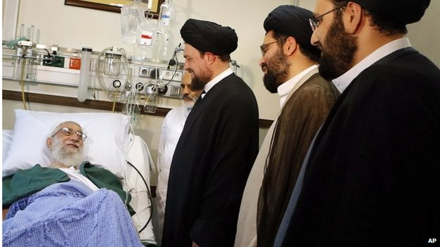 Ayatollah Khamenei (left) with grandsons of Ayatollah Khomeini (08/09/14)