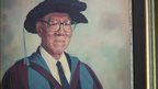 Painting of philanthropist Mr Tan Chin Tuan