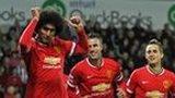 Fellaini equalises for Manchester United