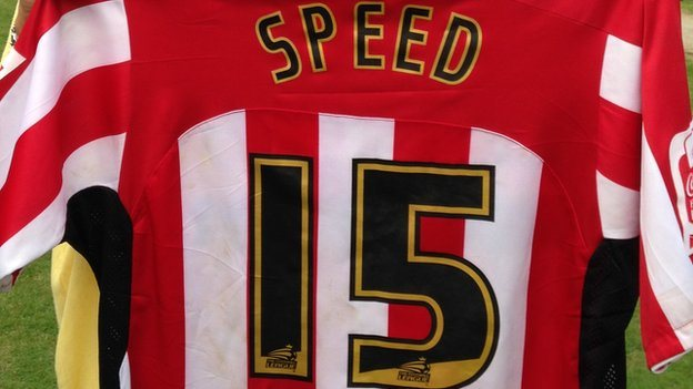 Gary Speed's shirt