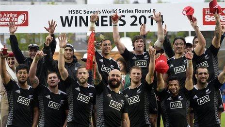 New Zealand celebrate winning the Glasgow Sevens